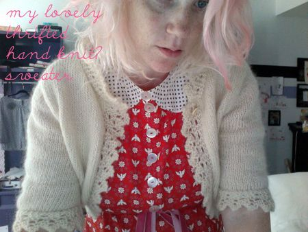 Lovelynewsweaterwithtext